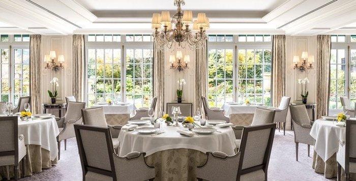 L'Abeille Restaurant Paris Shangrila Hotel