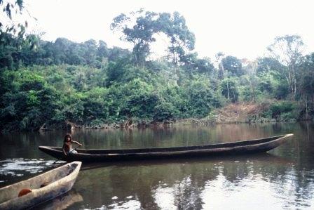 dug-out-canoe-chenapou-guyana-web-version.jpg