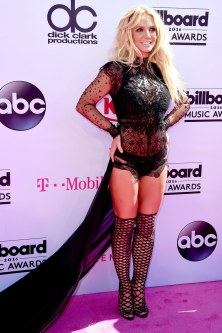95f22_billboard-music-awards-2016-britney-spears[1]