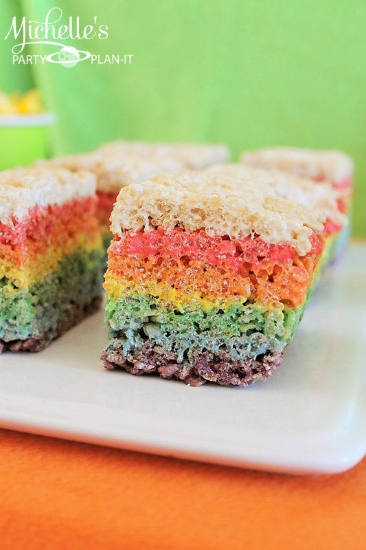 st_patricks_day_rainbow_cereal_treats