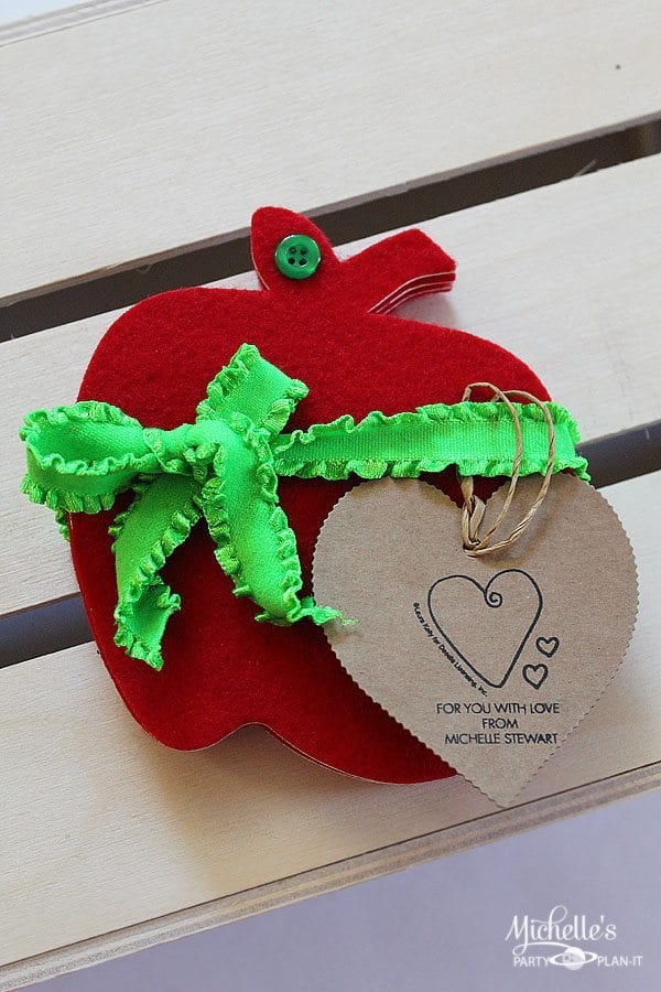 How to make Felt Apple Coasters