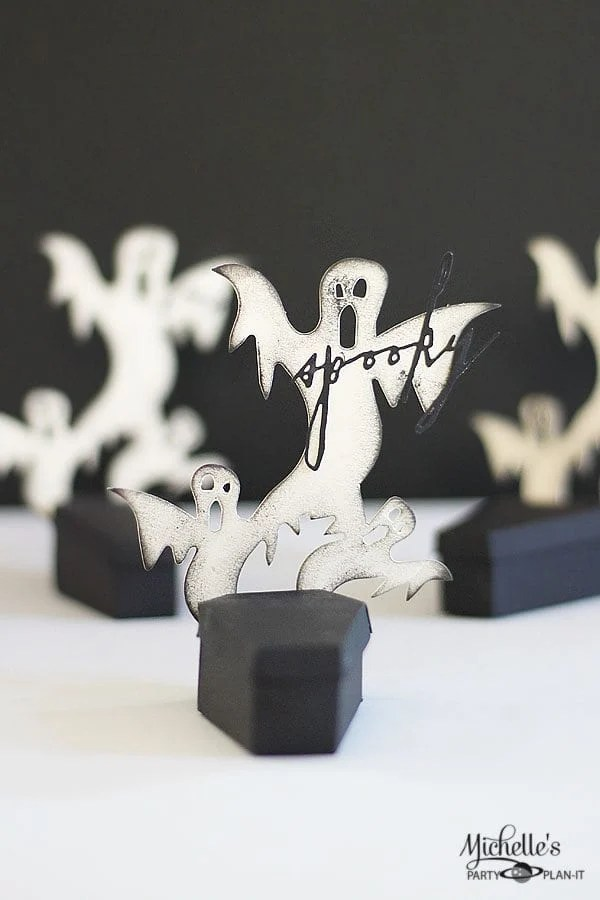 Spooky Coffin Party Favors In 15 Minutes | Tutorial