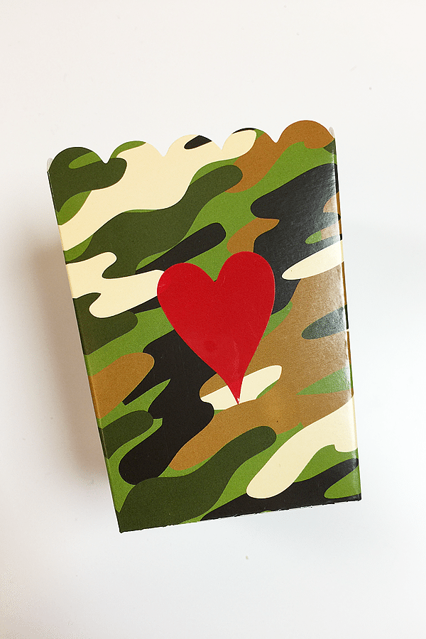 Love is a Battlefield Popcorn Box tutorial