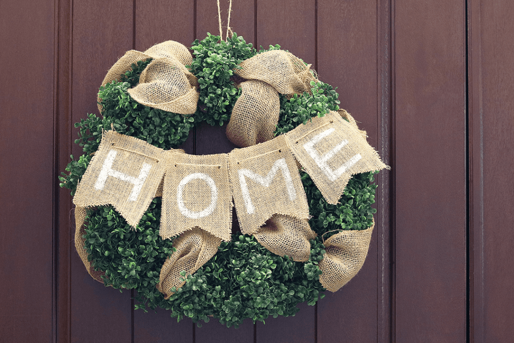 Farmhouse Decor Boxwood Wreath Tutorial