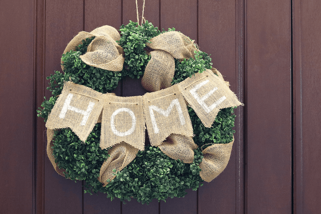 DIY Boxwood HOME Wreath  tutorial