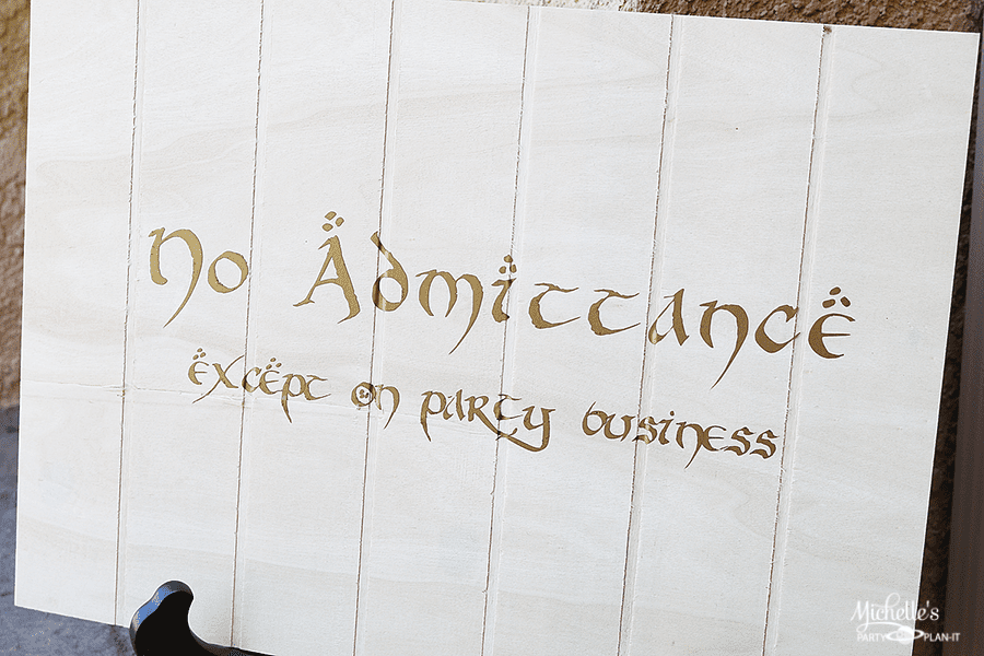 DIY Lord of The Rings Party Sign   Cricut Vinyl Tutorial