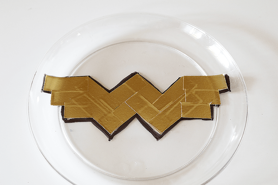 Wonder Woman Party Plates