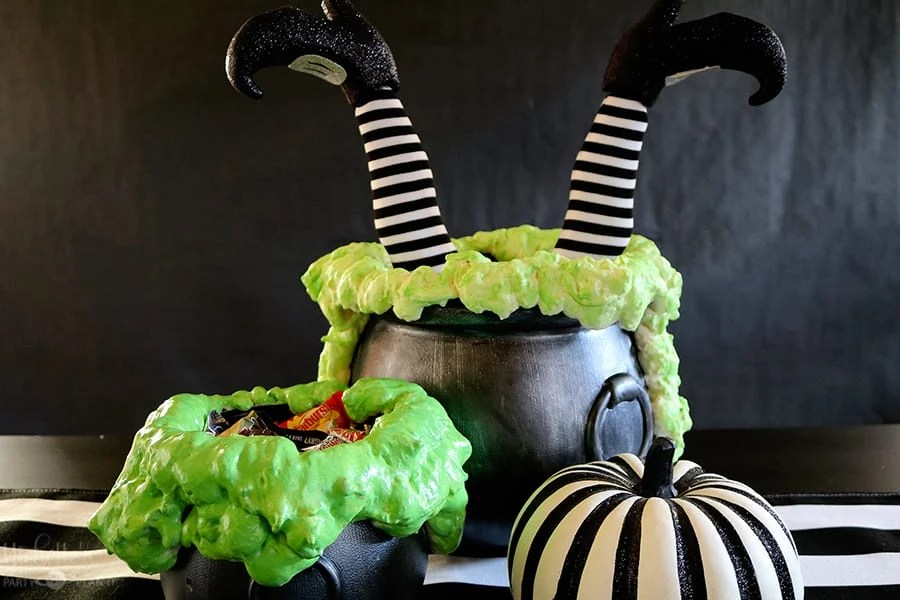 BOO it Forward with a DIY Bubbling Witches Cauldron