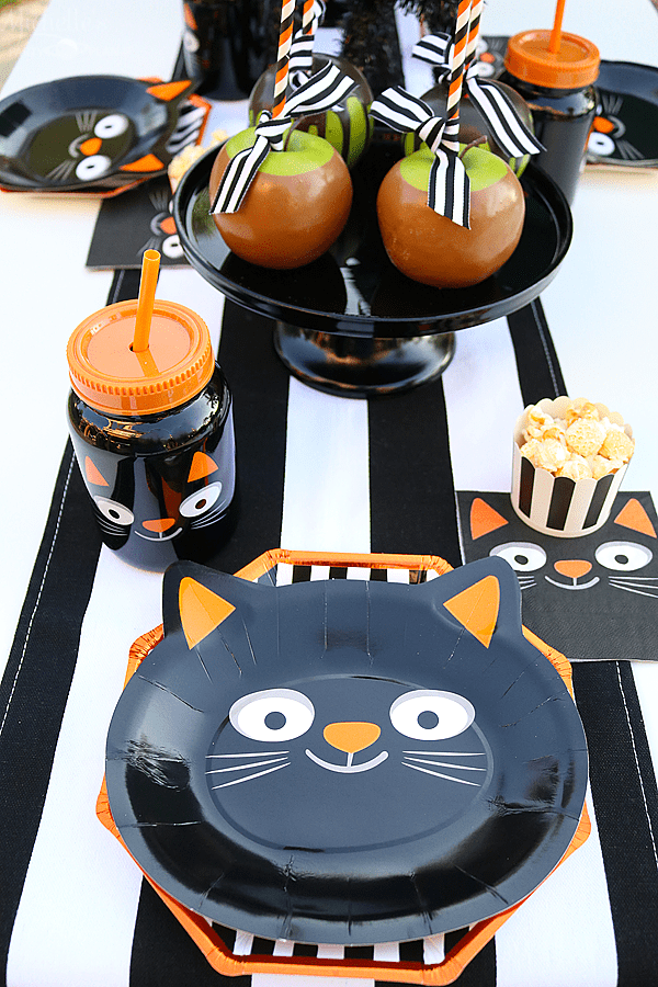 Black Cat Halloween Party Table Setting