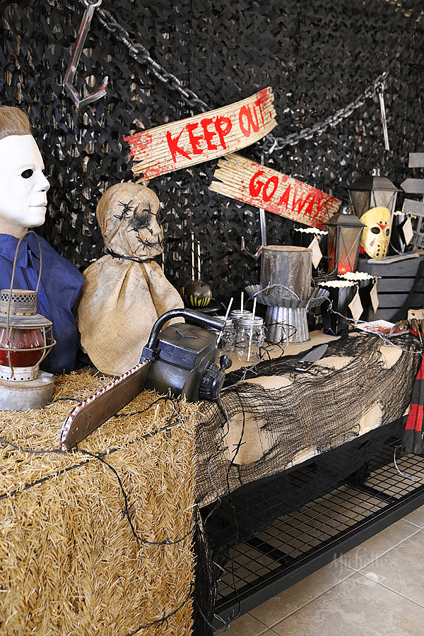 Scary Movie Halloween Party Tablescape