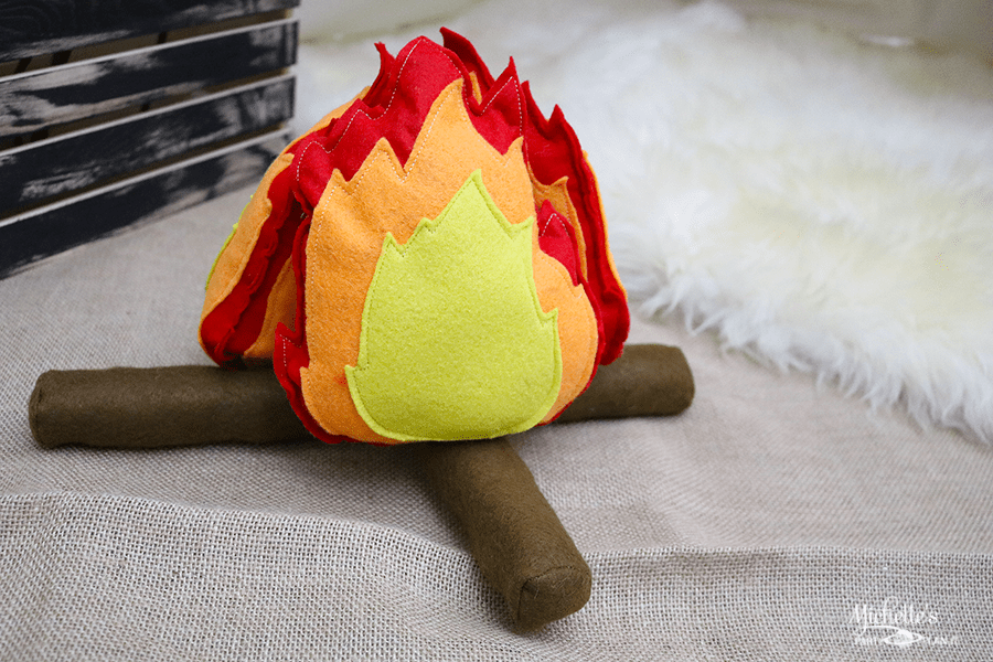 DIY Felt Campfire and Logs set