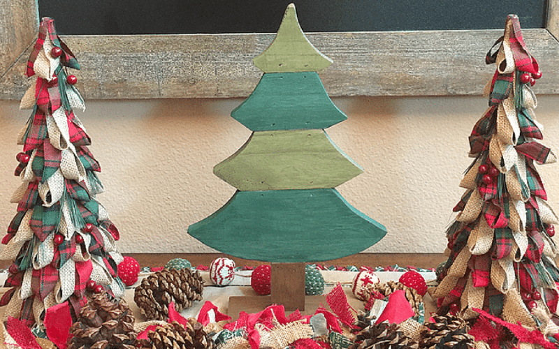 Diy rustic christmas tabletop decor