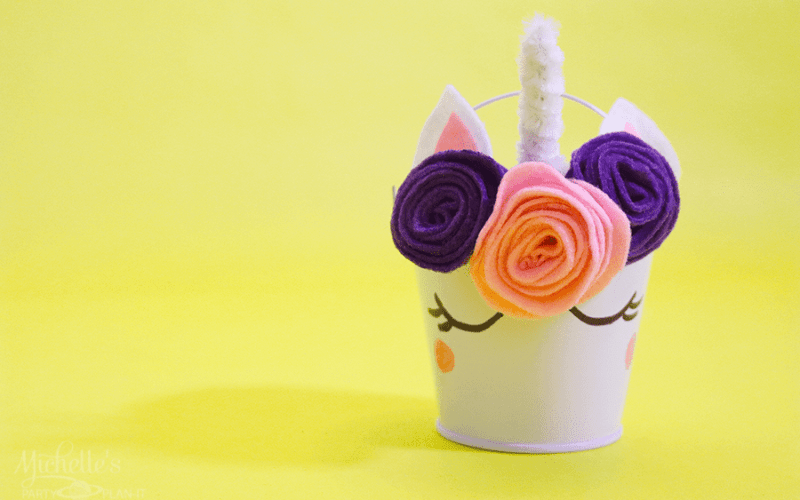 Unicorn party pail