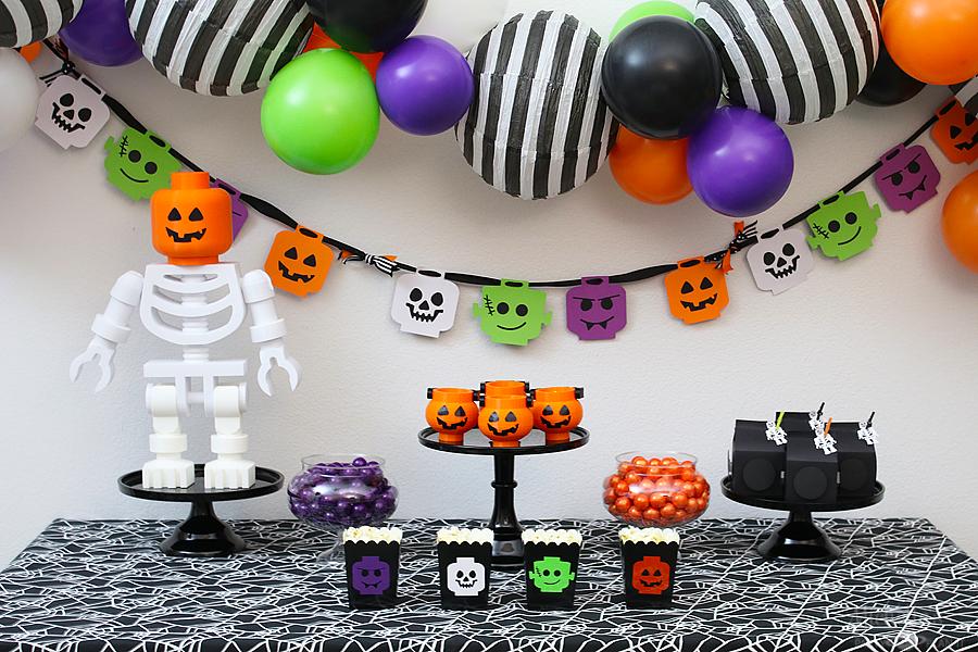 Lego brick or treat halloween party 11