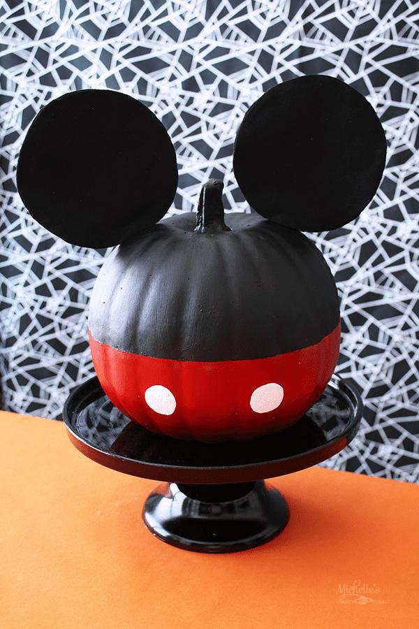 mickey mouse pumpkin
