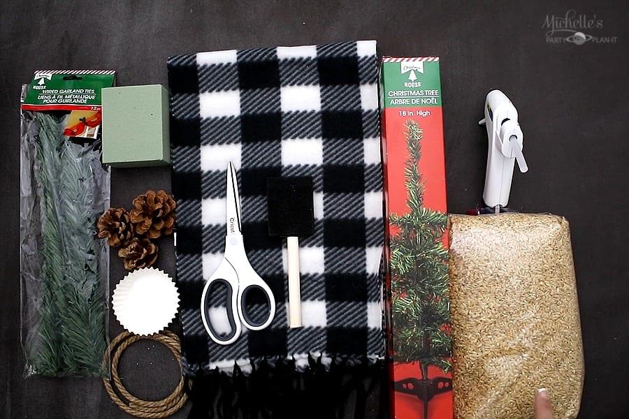 DIY FARMHOUSE CHRISTMAS TREE Supplies