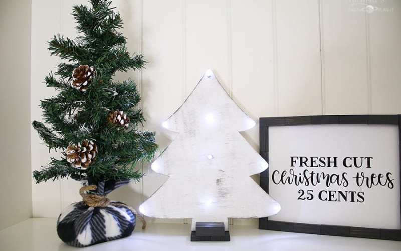 How to Make a $3 DIY Tabletop Christmas Tree   Dollar Tree DIY