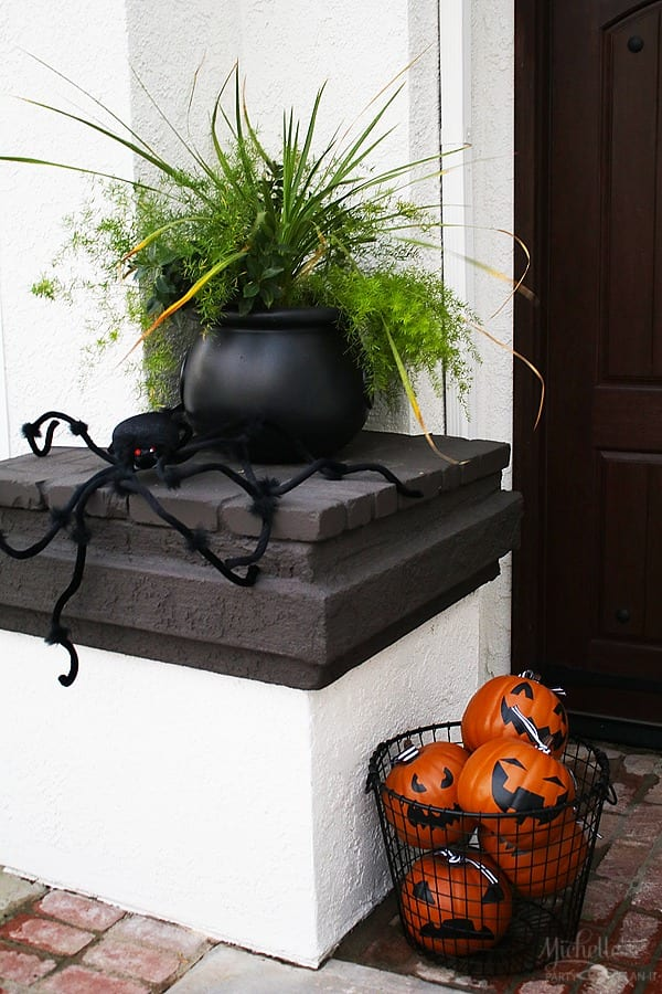 Easy Halloween Porch Decor Ideas - Cauldron Planter