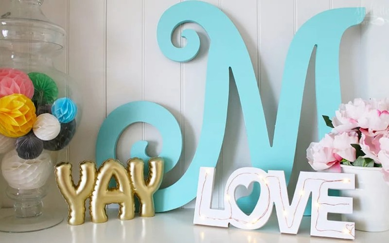 Diy tabletop love sign 4