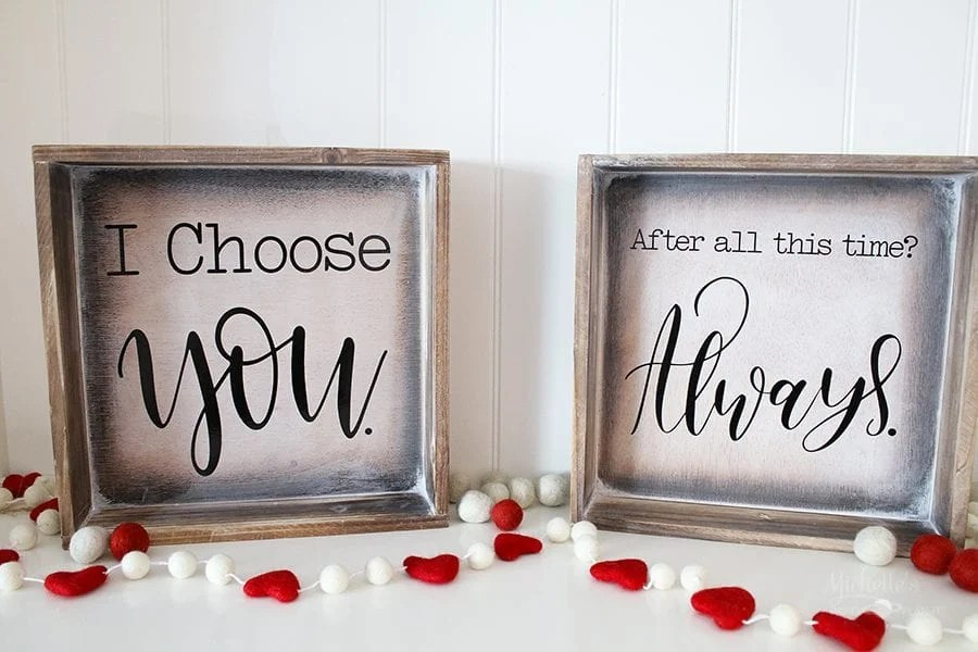 Farmhouse signs- valentines day decor