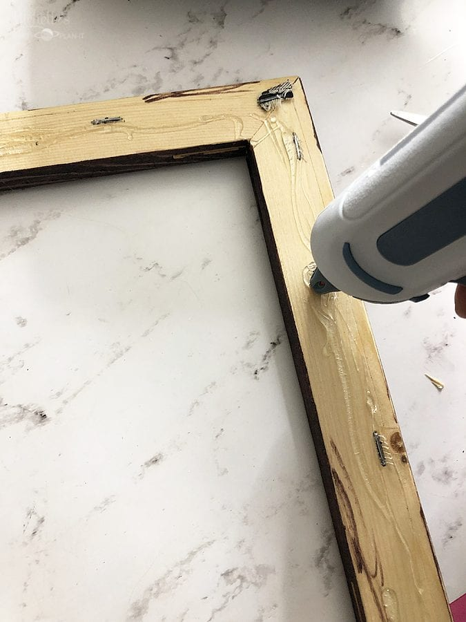 How to make reverse canvas cricut frame assembly