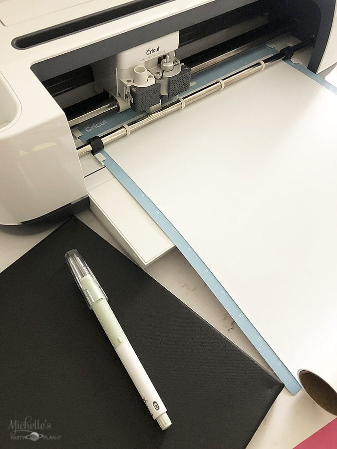 How to make reverse canvas cricut
