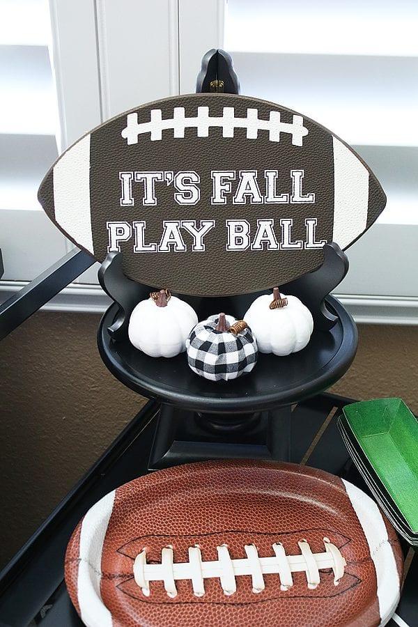Fun fall football party ideas 19