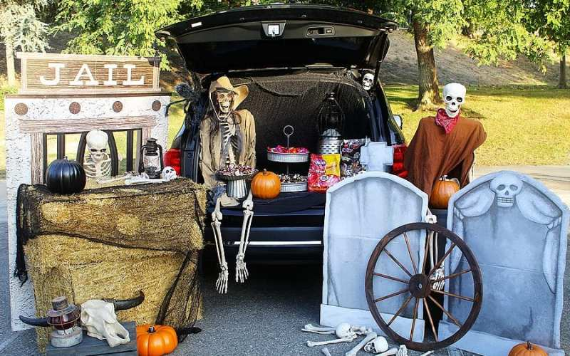 Haunted Ghost Town Trunk or Treat Ideas