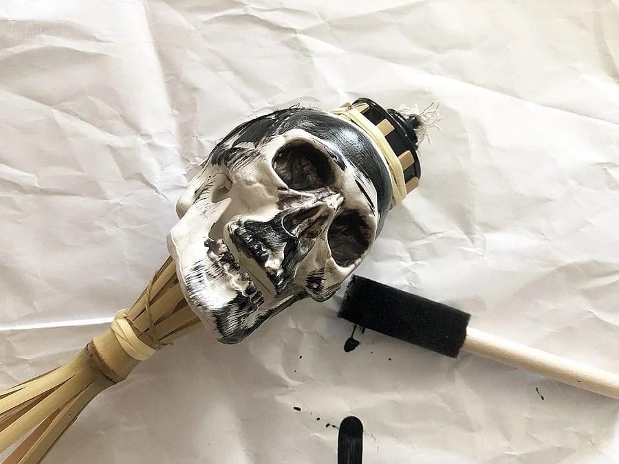 Diy skull tiki torches 4