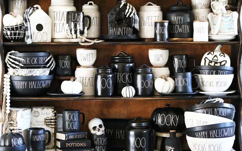 Haunted Hutch | My Rae Dunn Halloween Display