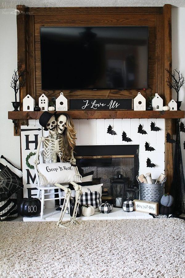 Mantle halloween ideas