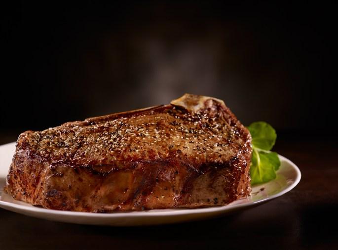 del-friscos-double-eagle-steak-house_-bone-in-strip