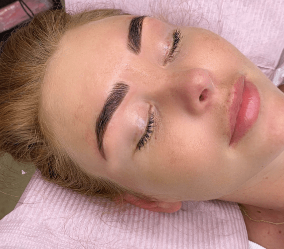 brow henna glance||Michelle turner