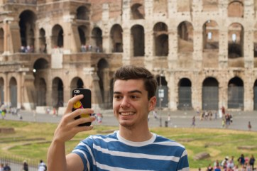 colossal selfie