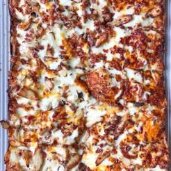 Uncle Andy's Pizza Clawson Berkley Farmington Michigan