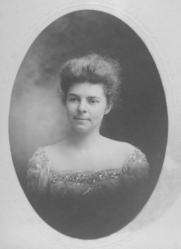 Photo of Anne Studebaker Carlisle