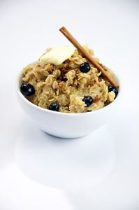 Oatmeal_with_Blueberries_(5076894938)