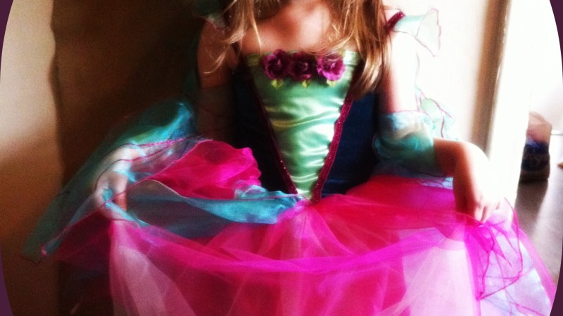 Back to Preschool: The Benefits of #PretendPlay…..PLUS Fancy Nancy Costume Giveaway Ends 10/16