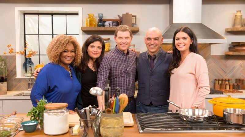 Food Network Celebrates #Thanksgiving Flay-Style with Holiday Special Thanksgiving at Bobby's 11/22