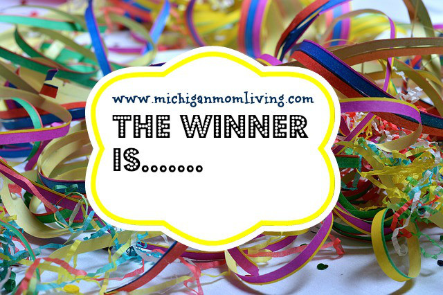 And the Winner of the Lizzy Beth Bows Giveaway is….