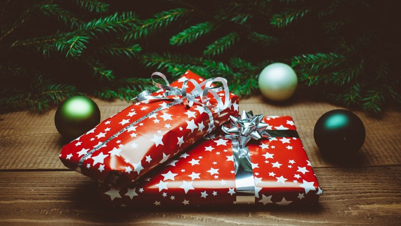 Hot Holiday Gifts – Interview with TV Host and Consumer Trends Expert Andrew Krasny