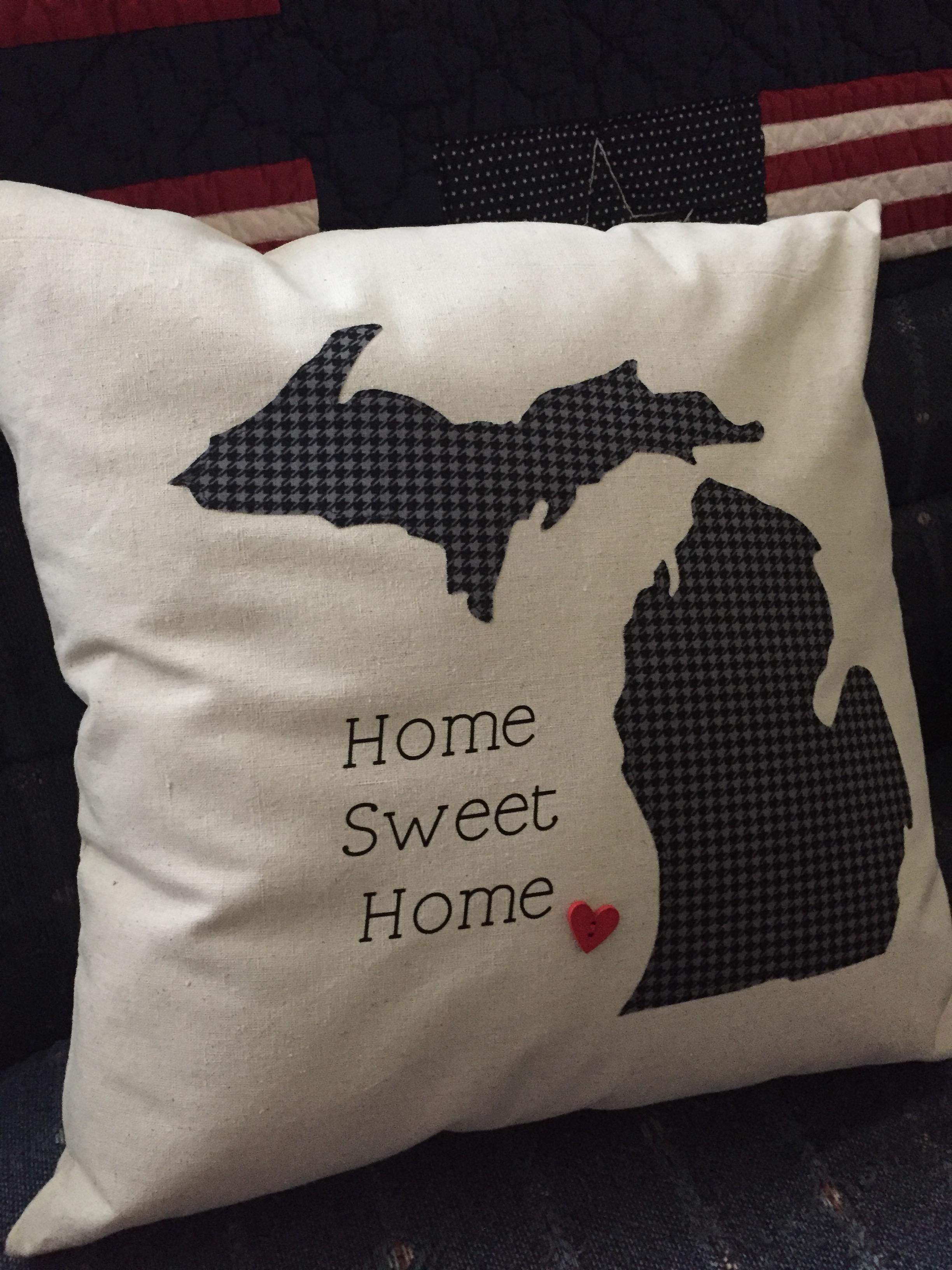 Beautiful Pillows by #HomeSweetMichigan {Review}