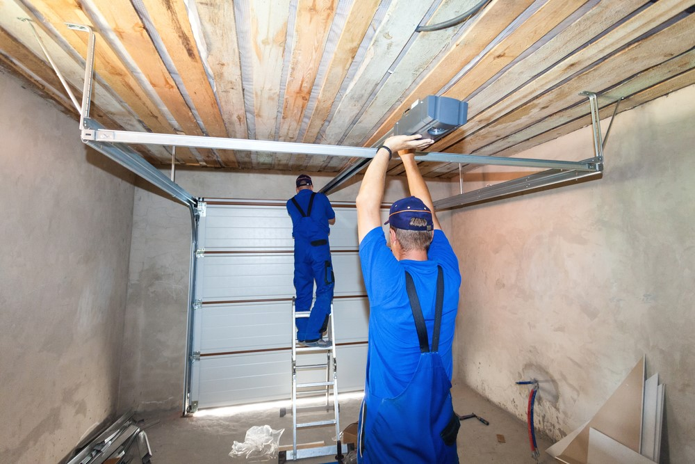 How To Know When Your Garage May Need A Renovation {Guest Post}