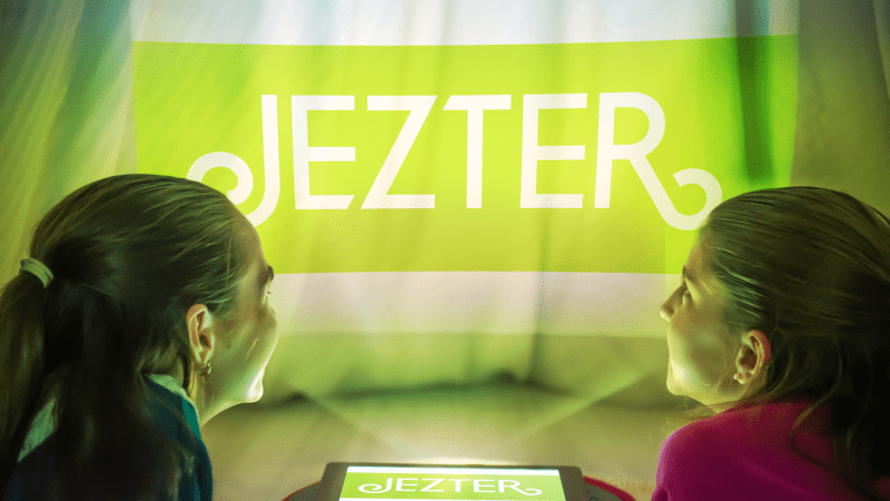 Jezter: The World's First Digital Babysitter! {App Promotion}