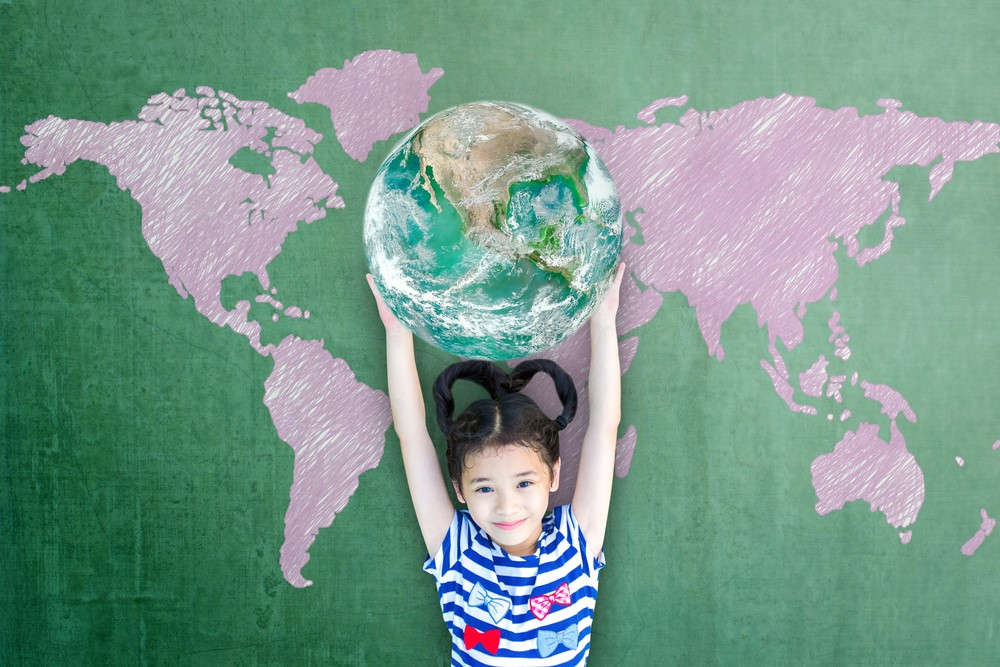 4 Ways To Raise Earth Loving Eco-Kids {Guest Post}