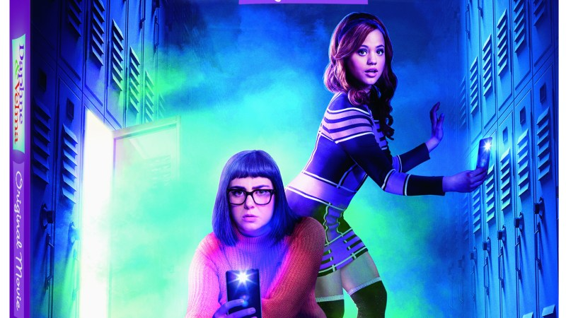 Scooby-Doo's Leading Ladies Star in Their Very Own Live-Action Feature Film {Daphne & Velma}