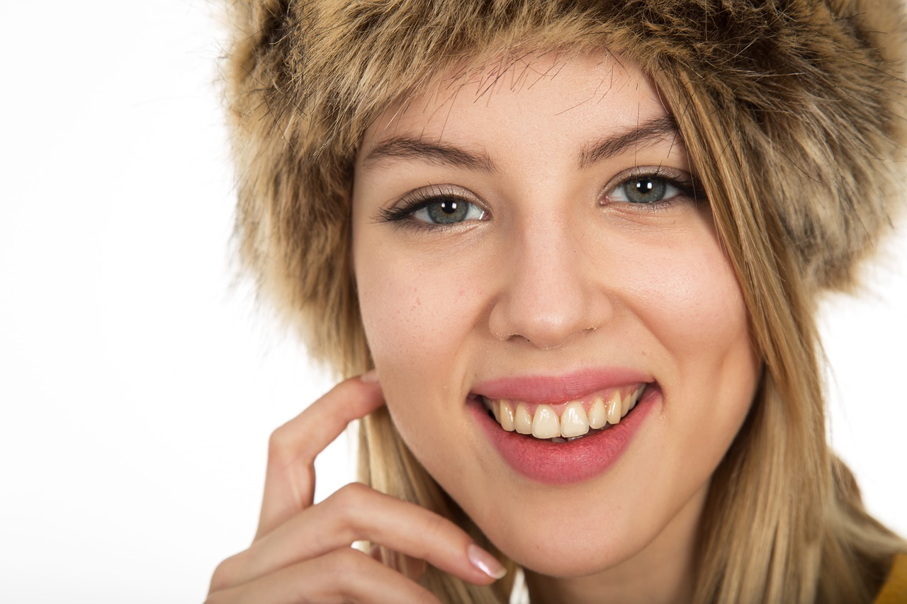 4 Ways Your Smile Improves Your Life And The Lives Around You