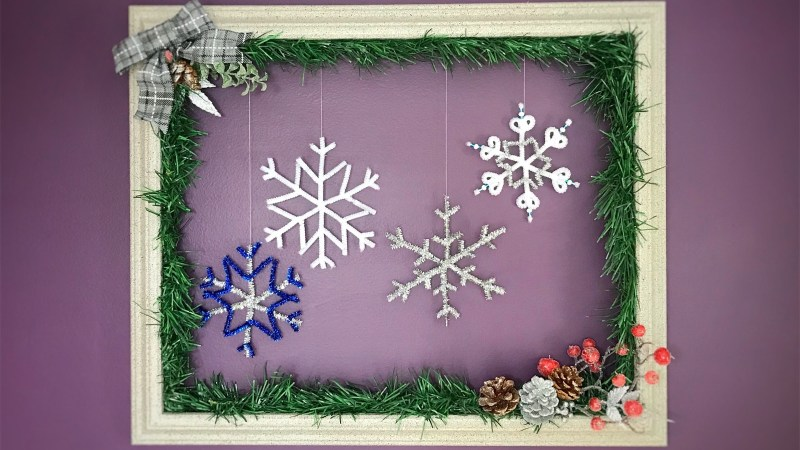Old Frame Gets a Holiday Makeover