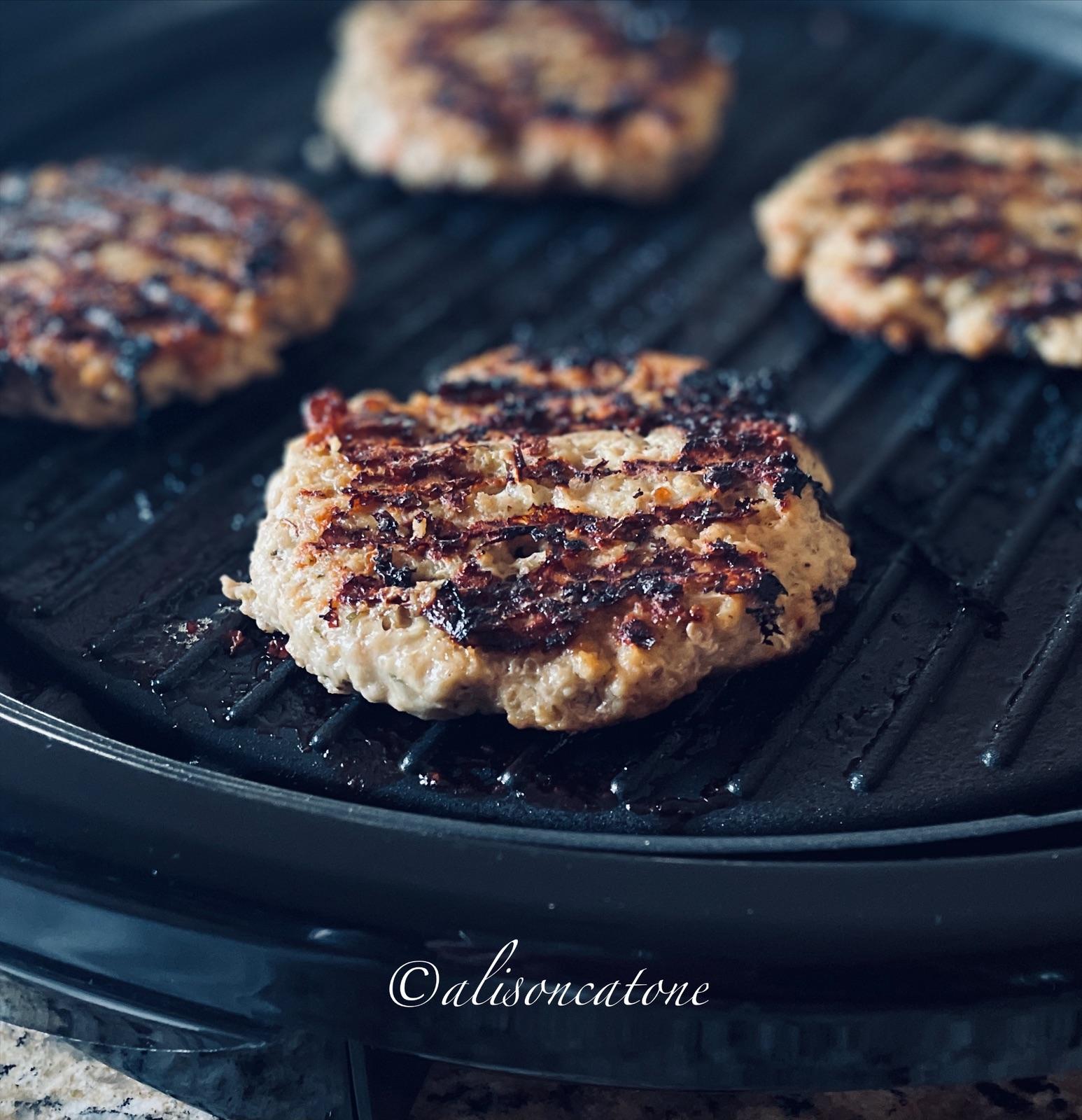 How to Make The Best Ground Chicken Burgers
