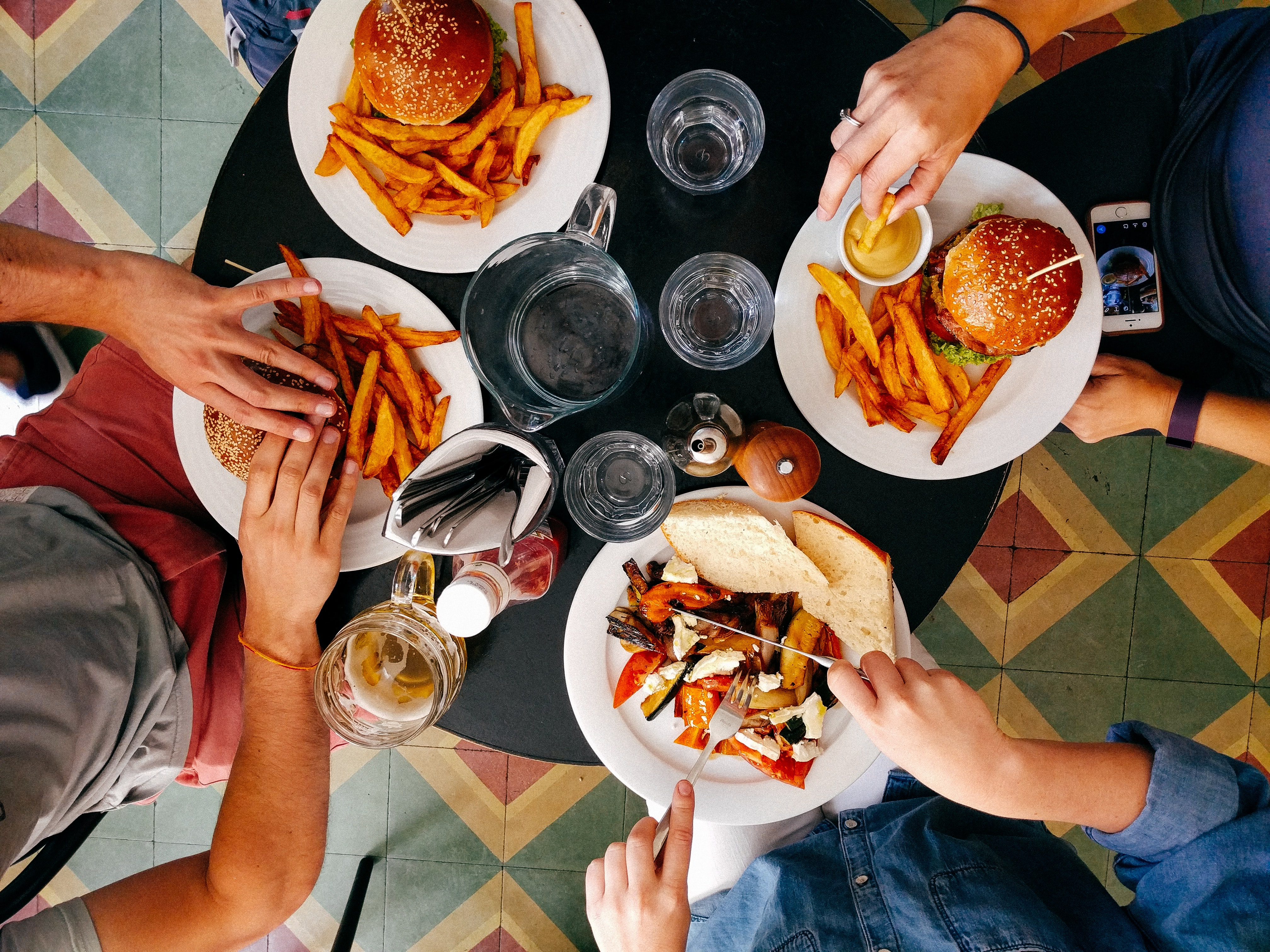 10 Rules To Spend Less When Food Shopping For A Family